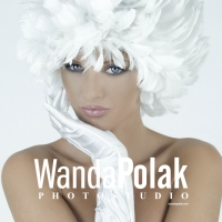 Wanda Polak logotype photo
